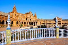 Pont au-dessus des canaux de Plaza de Espana, Séville, Espagne Image libre de droits