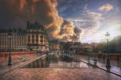 Pont au kopia podczas deszczu zdjęcia royalty free