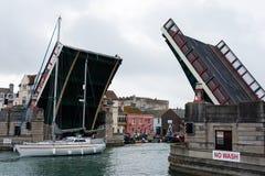 Pont augmenté de ville de Weymouth - Dorset images stock