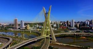pont Câble-resté dans le monde, São Paulo Brazil, Amérique du Sud banque de vidéos