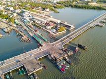 Pont côtier dans Chonburi Image stock