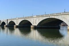 Pont commémoratif dans le Washington DC images stock