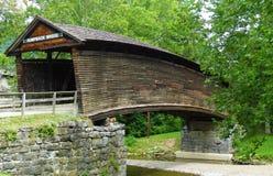 Pont couvert de bosse, la Virginie, Etats-Unis photographie stock