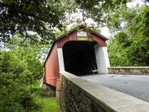 Pont couvert de Buck& x27 ; comté Pennsylvanie de s Photos libres de droits