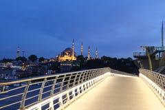Pont d'or en métro de klaxon à Istanbul, Turquie Photos stock