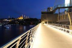 Pont d'or en métro de klaxon à Istanbul, Turquie Images stock