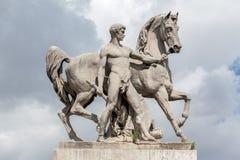 骑马雕象Pont d´Iena巴黎 库存照片