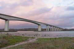 Pont d'Orwell en le Suffolk avec le ciel photos stock