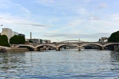 Pont d& x27; Austerlitz - Paris, Frankrike Royaltyfri Bild