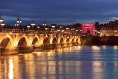 Pont de皮埃尔桥梁,红葡萄酒,法国 免版税库存图片