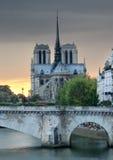 Pont de Λα Tournelle. Στοκ Εικόνες