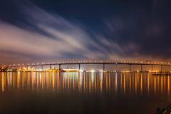 Pont de baie de Coronado image stock