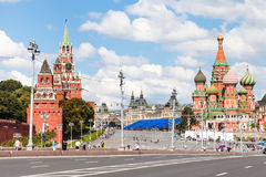 Pont de Bolshoy Moskvoretsky à Moscou, Russie Photo libre de droits