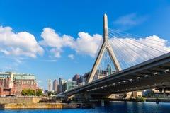 Pont de Boston Zakim en colline de soute le Massachusetts Photos libres de droits