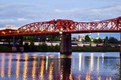 Pont de Broadway, Portland Orégon, Etats-Unis image stock