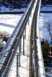 Pont de chemin de fer dans la ville d'Edmonton Photos libres de droits