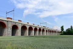 Pont de chemin de fer, Hranice, tchèque photographie stock