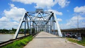 Pont de chemin de fer vert Photographie stock