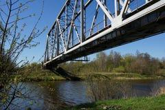 Pont de chemin de fer vert Images libres de droits