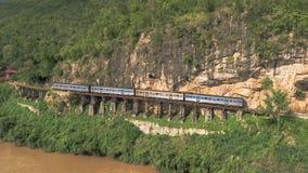 Pont de chemin de fer de la mort au-dessus de la rivière de Kwai NOI Photographie stock