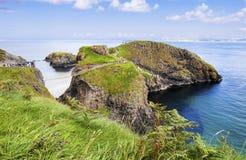 Pont de corde de Carrickarade, Irlande du Nord Photographie stock libre de droits