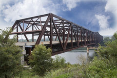 Pont de Cumberland de lac, Kentucky droite 90 Image stock
