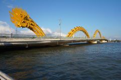 Pont de dragon dans le nage du DA Photo libre de droits