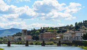 Pont de Florence au-dessus du fleuve Arno Photo libre de droits