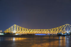 Pont de Howrah dans la lumière d'or Images libres de droits
