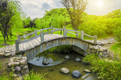 Pont de jardin images stock