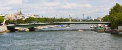 Pont de l& x27; Alma Alma Bridge, Paris, Frankrike Fotografering för Bildbyråer