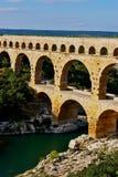 pont de l'aqueduc du France le Gard images libres de droits