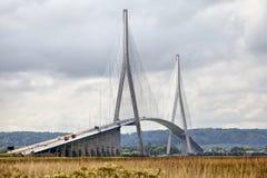 Pont de la Normandie au-dessus de rivière la Seine Image stock