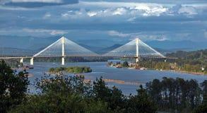 Pont de Mann de port à travers Fraser River image libre de droits
