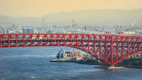 Pont de Minato à Osaka, Japon Photo libre de droits