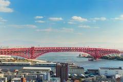 Pont de Minato à Osaka, Japon Photos stock