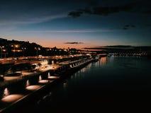 Pont de nuit à Varsovie photos libres de droits
