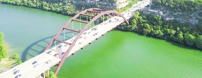 Pont de Pennybacker de vue aérienne ou 360 pont dans Austin, le Texas, U Images libres de droits