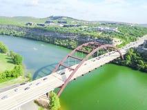 Pont de Pennybacker de vue aérienne ou 360 pont dans Austin, le Texas, U Images stock