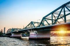 Pont de Phra Phuttha Yodfa, pont commémoratif, Bangkok photo stock