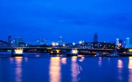 Pont de Phra Phuttha Yodfa, vieux pont, images libres de droits