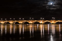 Pont de Pierre στο Μπορντώ στοκ φωτογραφία