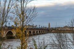 Pont de Pierre i Bordeaux, Frankrike fotografering för bildbyråer