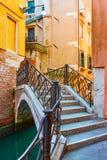 Pont de Ponte Torto à Venise photos stock