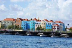 Pont de ponton en le Curaçao Photographie stock libre de droits