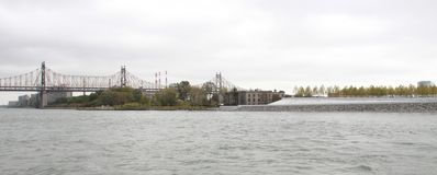 Pont de Queensboro panoramique image libre de droits