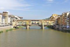 Pont de rivière d'AMO à Florence Photos libres de droits