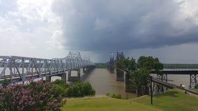Pont de rivière de milliseconde photographie stock libre de droits