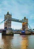 Pont de tour à Londres, Grande-Bretagne Photographie stock libre de droits