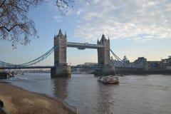 Pont de tour - Londres R-U Image stock